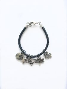 add a charm bracelet single